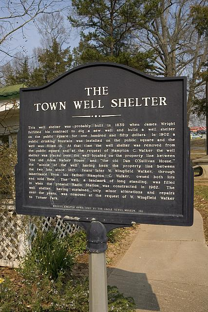 GA-117-101 The Town Well Shelter