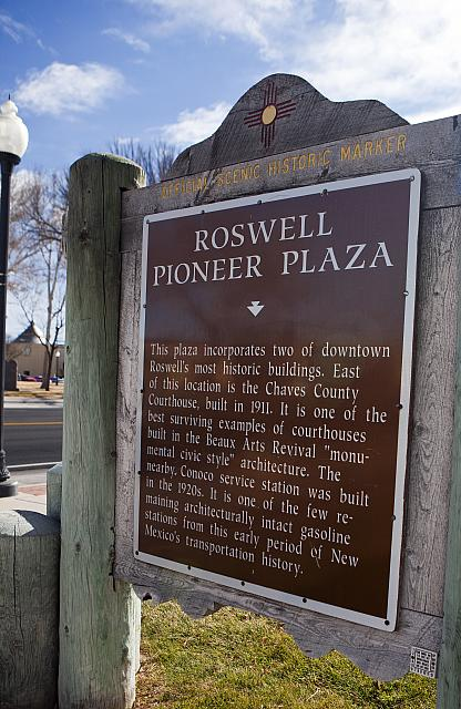 NM-016 Roswell Pioneer Plaza